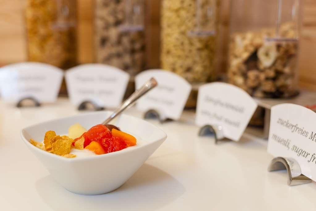 Best Western Hotel Am Schlosspark - Breakfast
