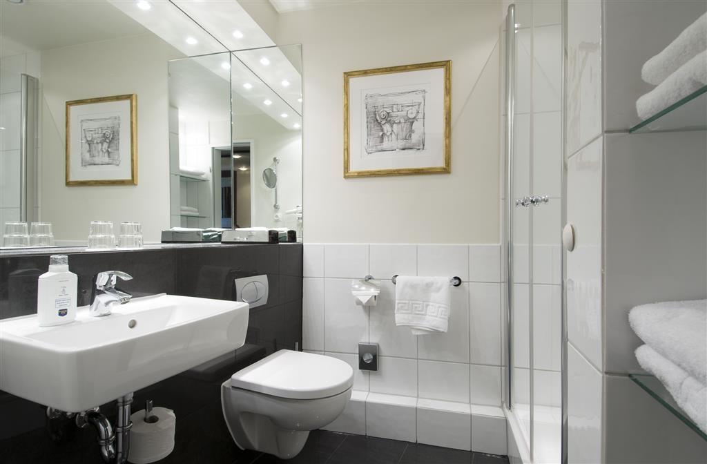 Best Western Hotel Hamburg International - Cuarto de baño de clientes