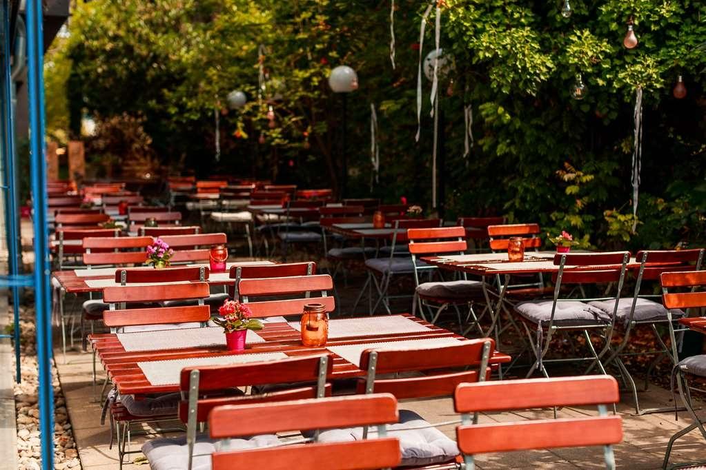 Best Western Hotel Am Kastell - Außenansicht