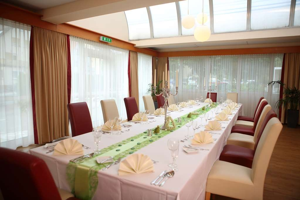Best Western Hotel Rosenau - Dining Area