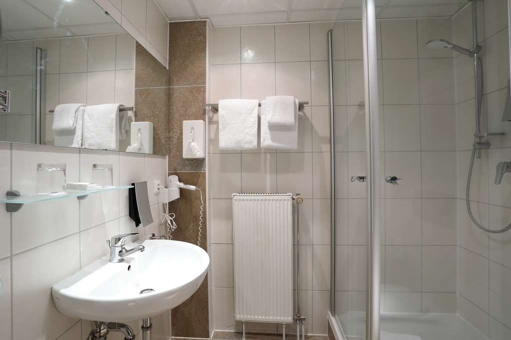 Best Western Hotel Rosenau - Guest room bath