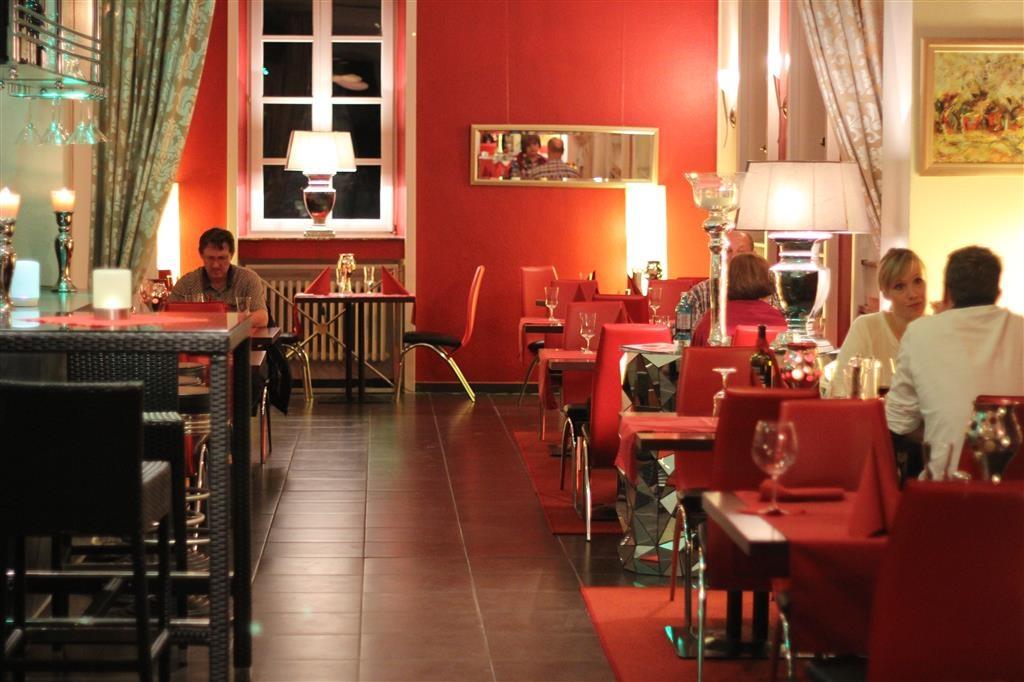 Best Western Hotel De Ville - Dining