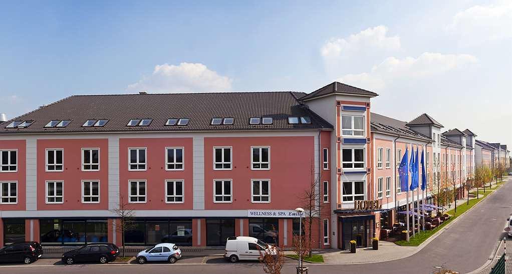 Best Western Premier Airporthotel Fontane BERlin - Facciata dell'albergo