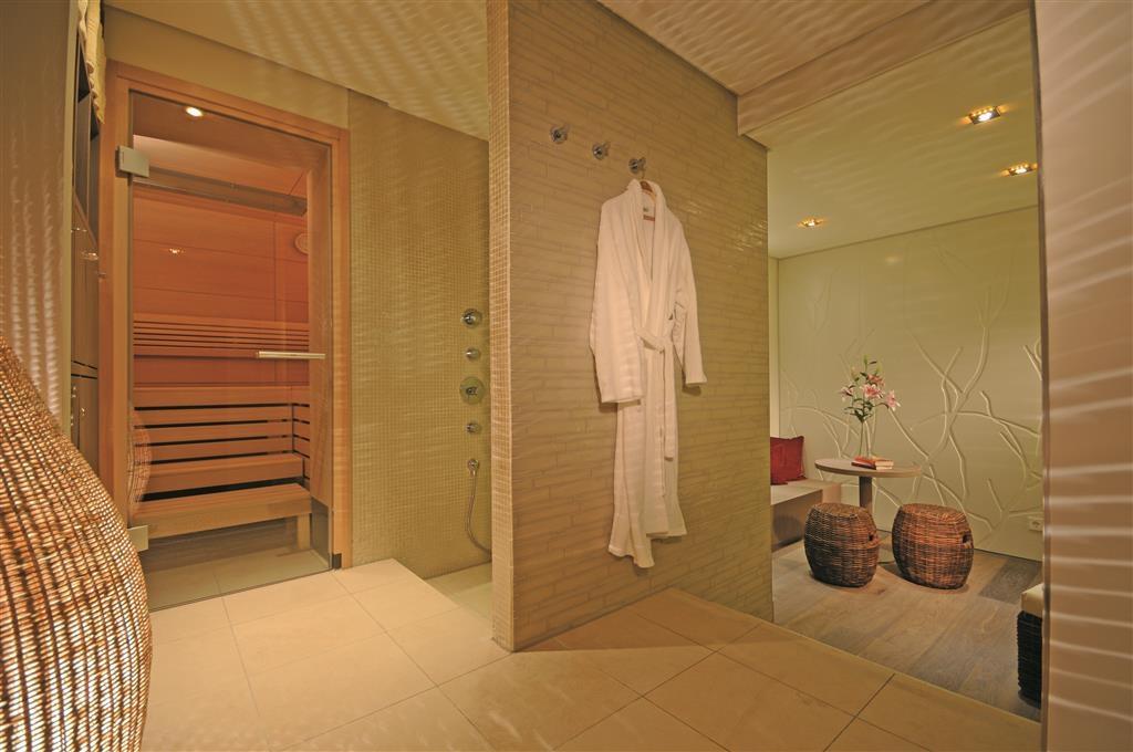 Best Western Premier Hotel Victoria - Spa Area