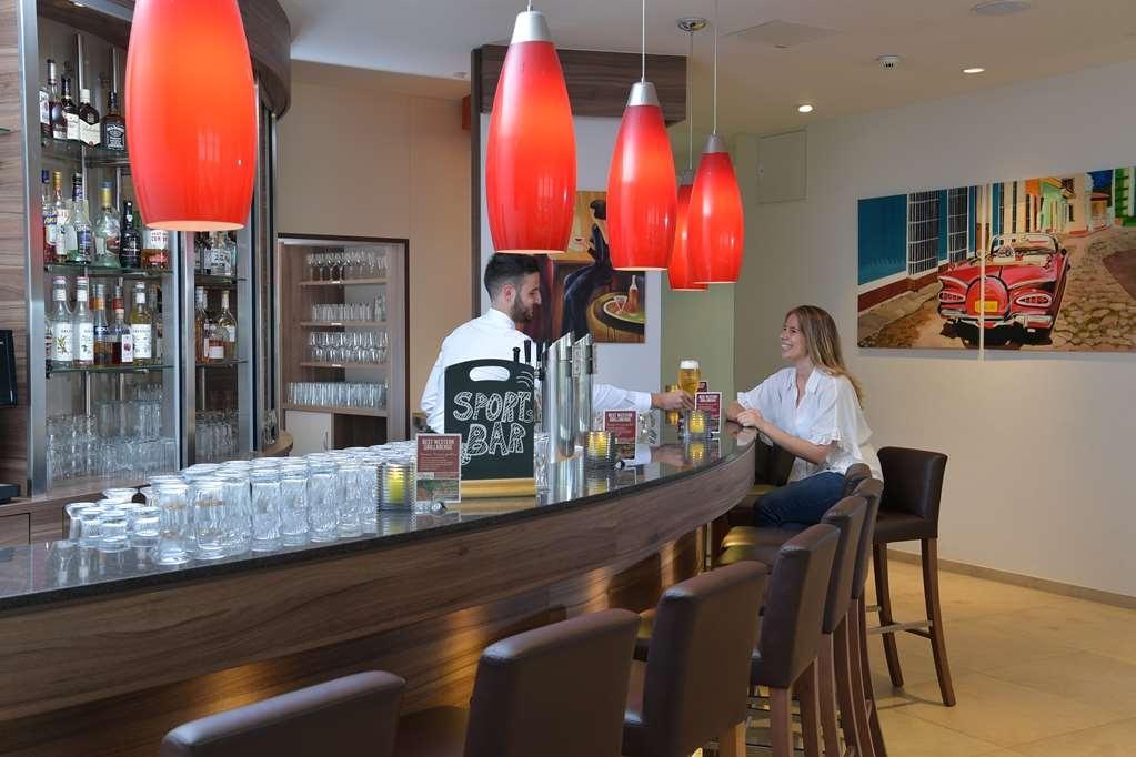 Best Western Queens Hotel Pforzheim-Niefern - Bar/Salón