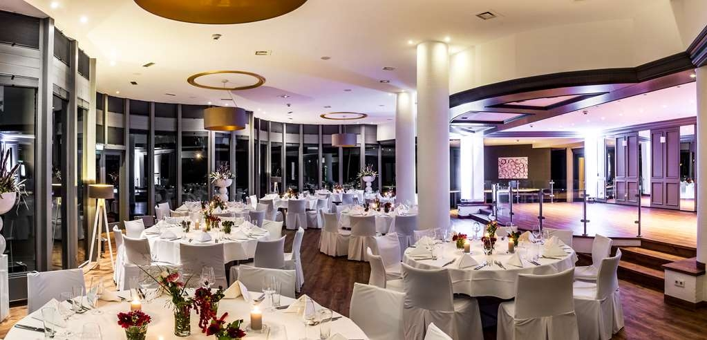 Best Western Plus Parkhotel Velbert - salón de baile