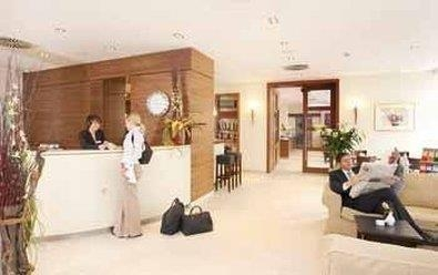 Best Western Hotel Nuernberg City West - Front Desk