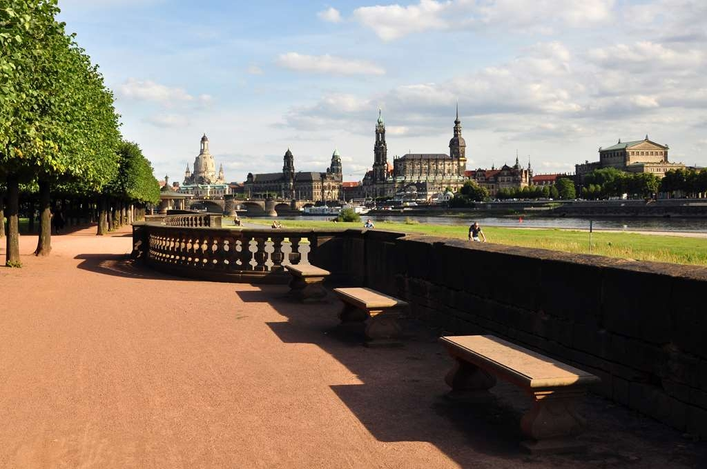 Best Western Macrander Hotel Dresden - Local Attraction