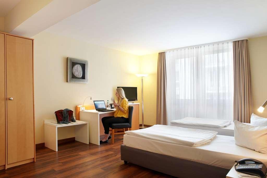 Best Western Macrander Hotel Dresden - Guest room