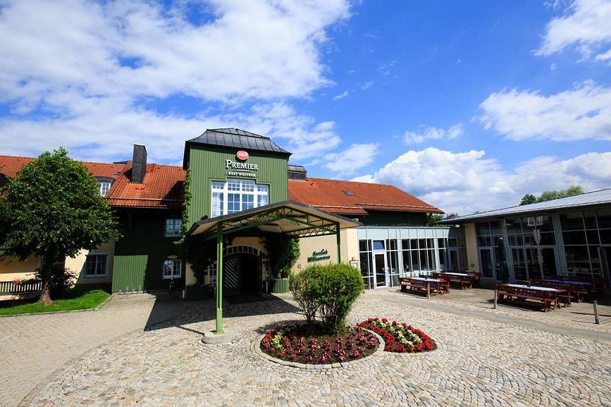 Best Western Premier Bayerischer Hof Miesbach - Façade