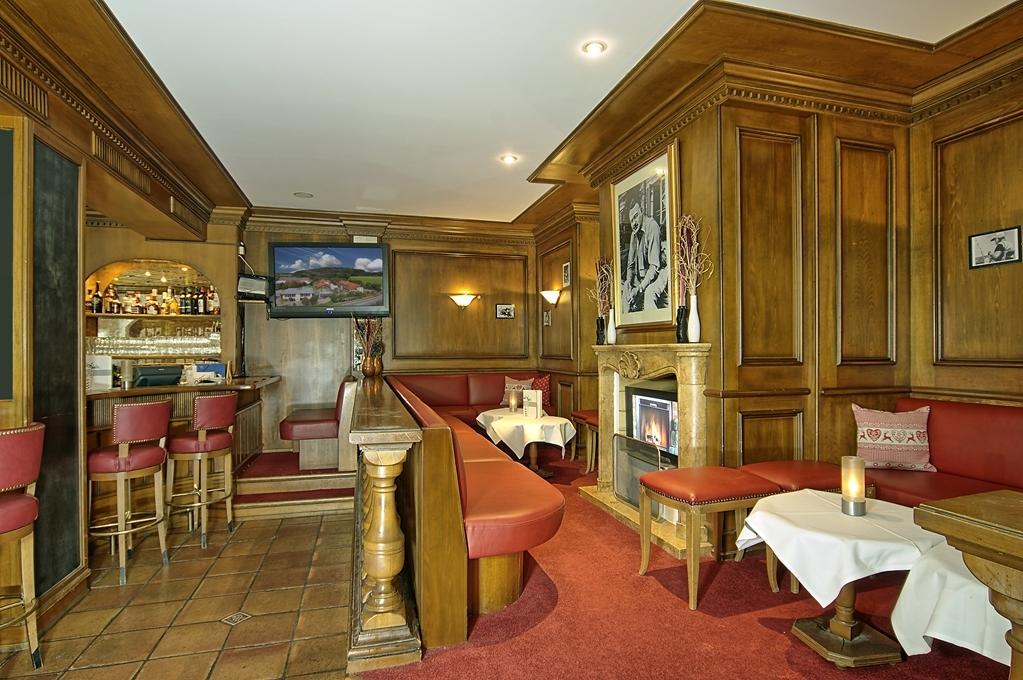Best Western Premier Bayerischer Hof Miesbach - Bar/Salón