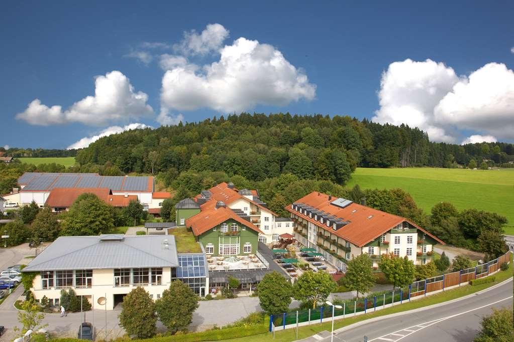Best Western Premier Bayerischer Hof Miesbach - Facciata dell'albergo