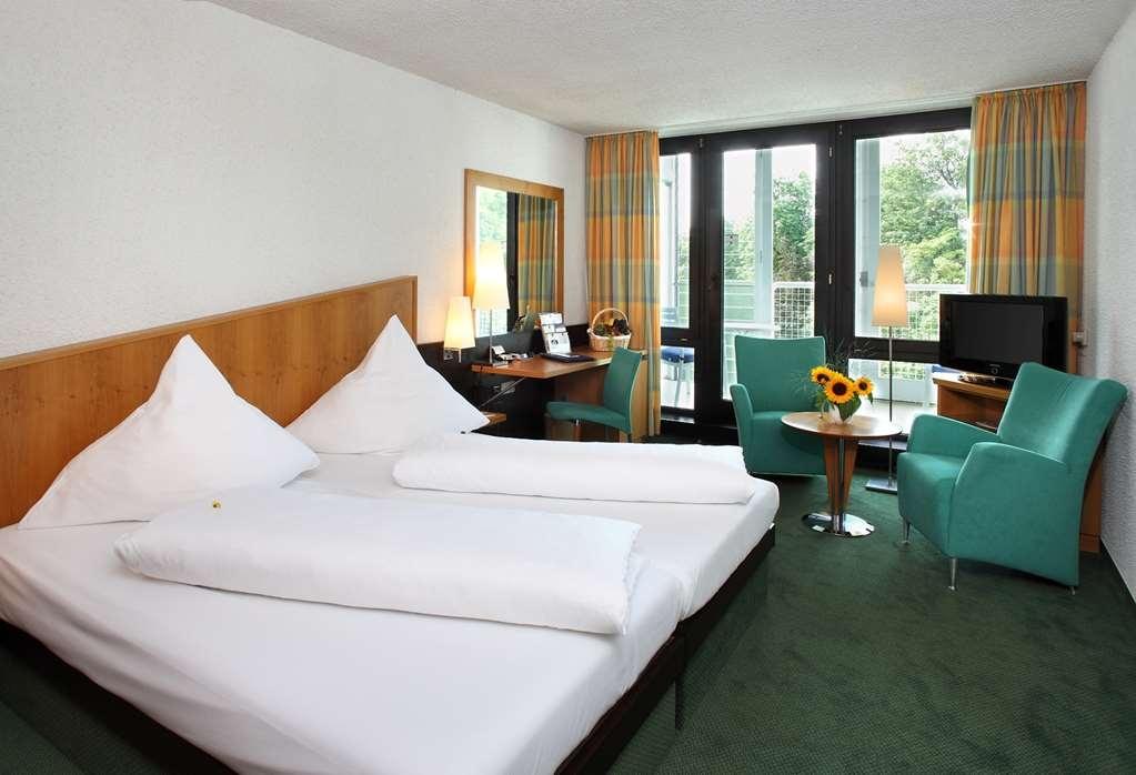 Best Western Premier Parkhotel Bad Mergentheim - Comfort Double Bed Guest Room