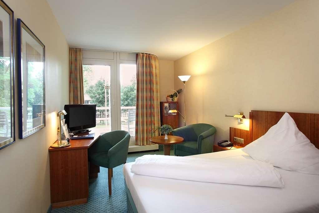 Best Western Premier Parkhotel Bad Mergentheim - guest room