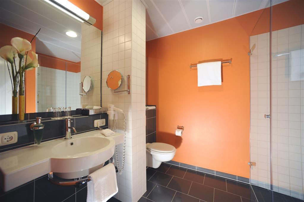 Best Western Plus Konrad Zuse Hotel - Cuarto de baño de clientes