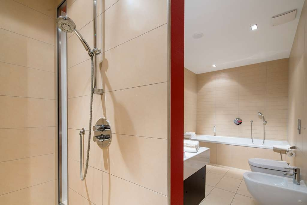 Best Western Plus Hotel Ostertor - Bathroom