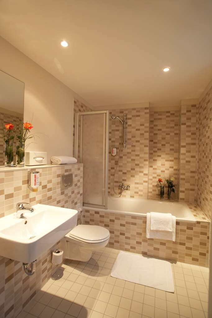 Best Western Hotel am Spittelmarkt - Guest room bath