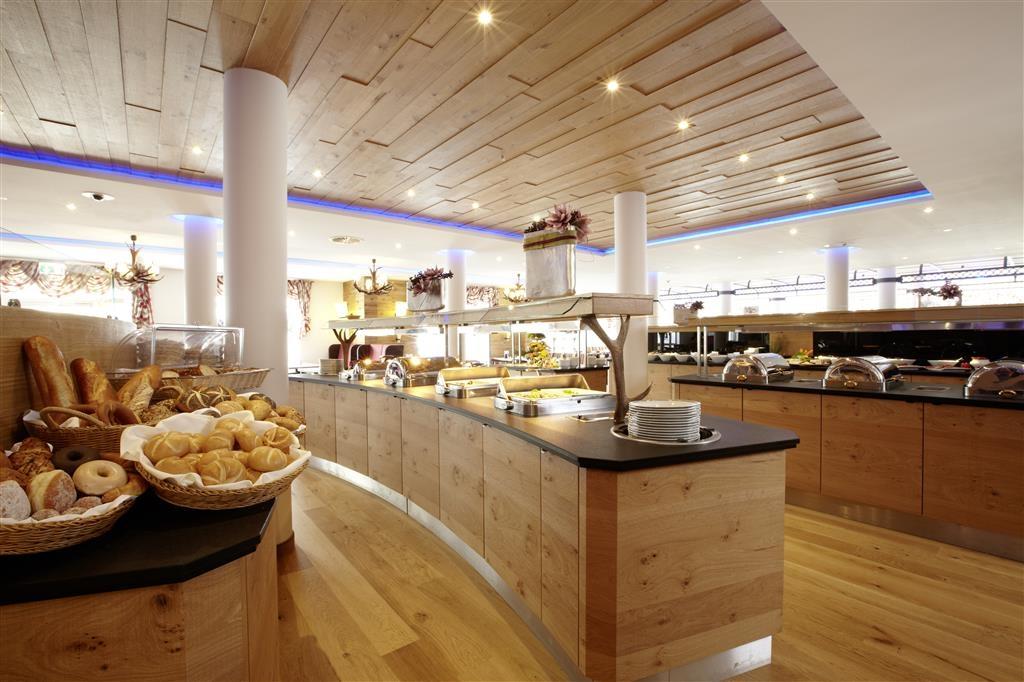 Best Western Plus Hotel Willingen - Frühstück
