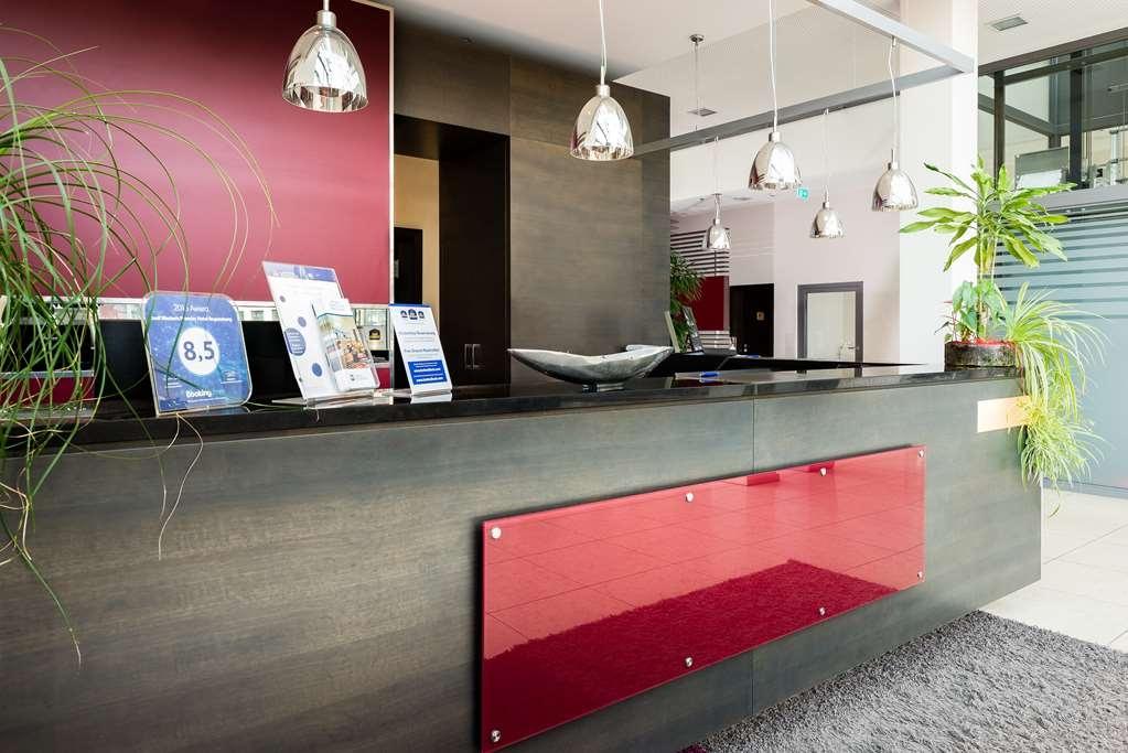 Best Western Premier Novina Hotel Regensburg - Reception
