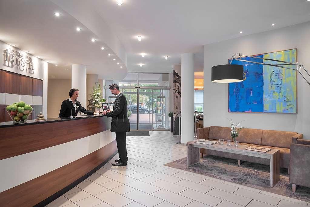 Best Western Premier IB Hotel Friedberger Warte - Lobbyansicht