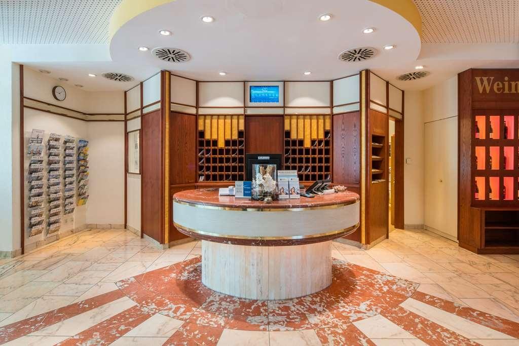 Best Western Parkhotel Weingarten - Vista del vestíbulo