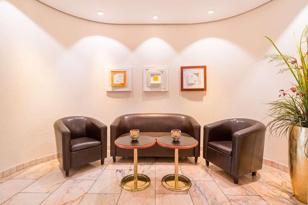 Best Western Parkhotel Weingarten - Bar/Salón