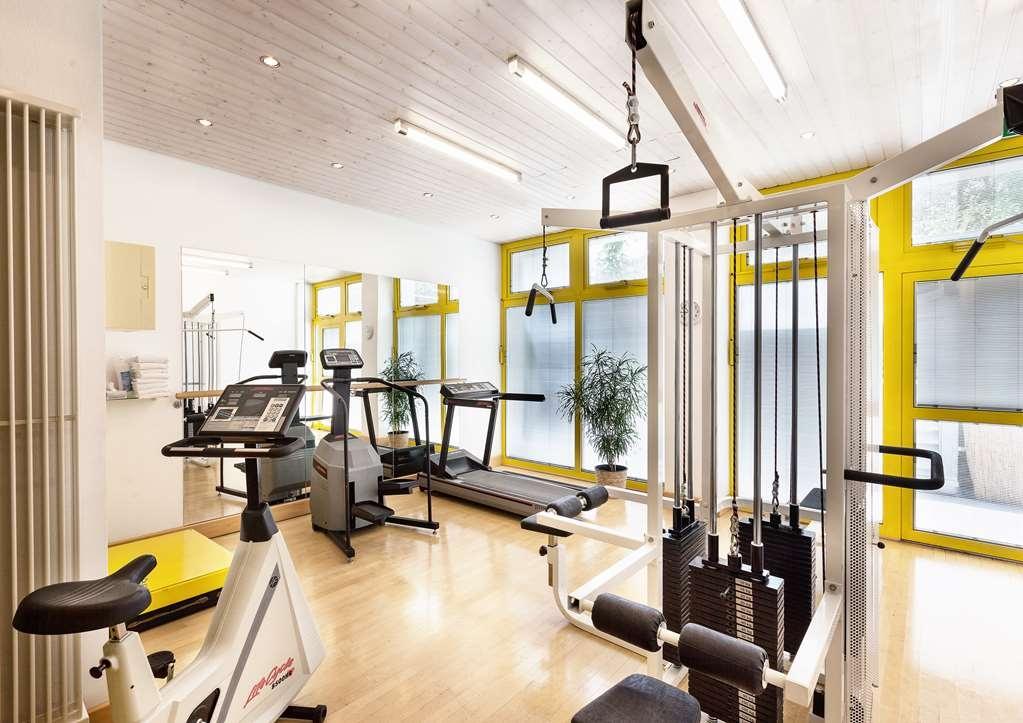 Best Western Premier Grand Hotel Russischer Hof - sala de ejercicios