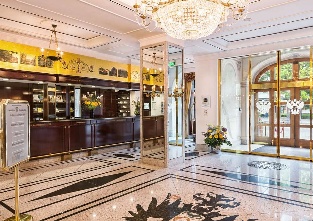 Best Western Premier Grand Hotel Russischer Hof - Hall