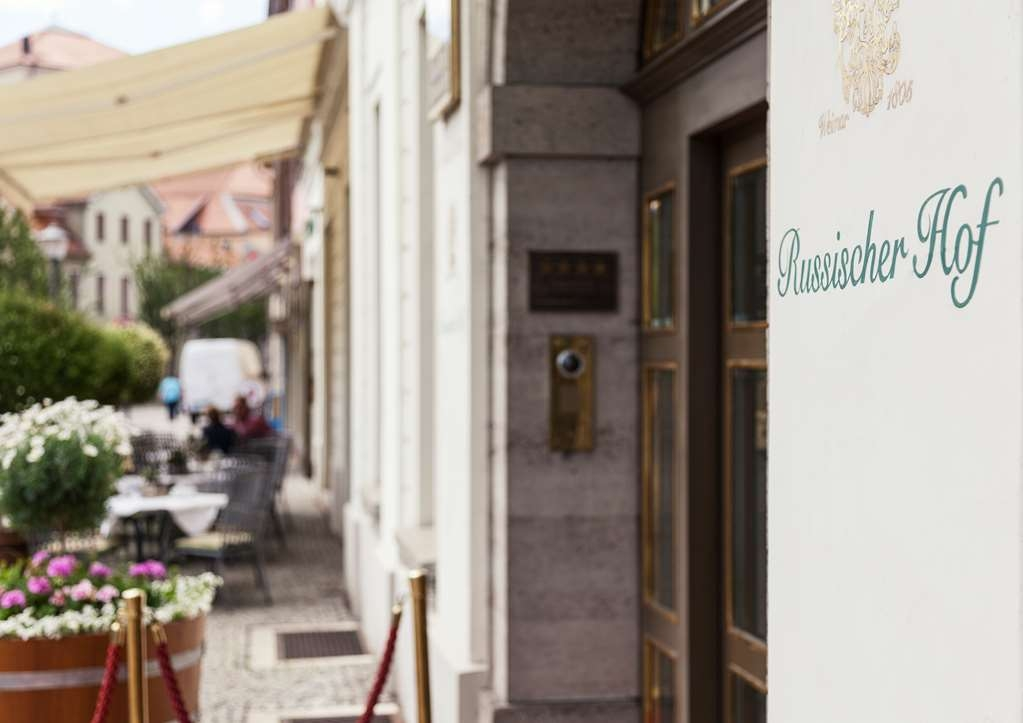 Best Western Premier Grand Hotel Russischer Hof - Vista Exterior