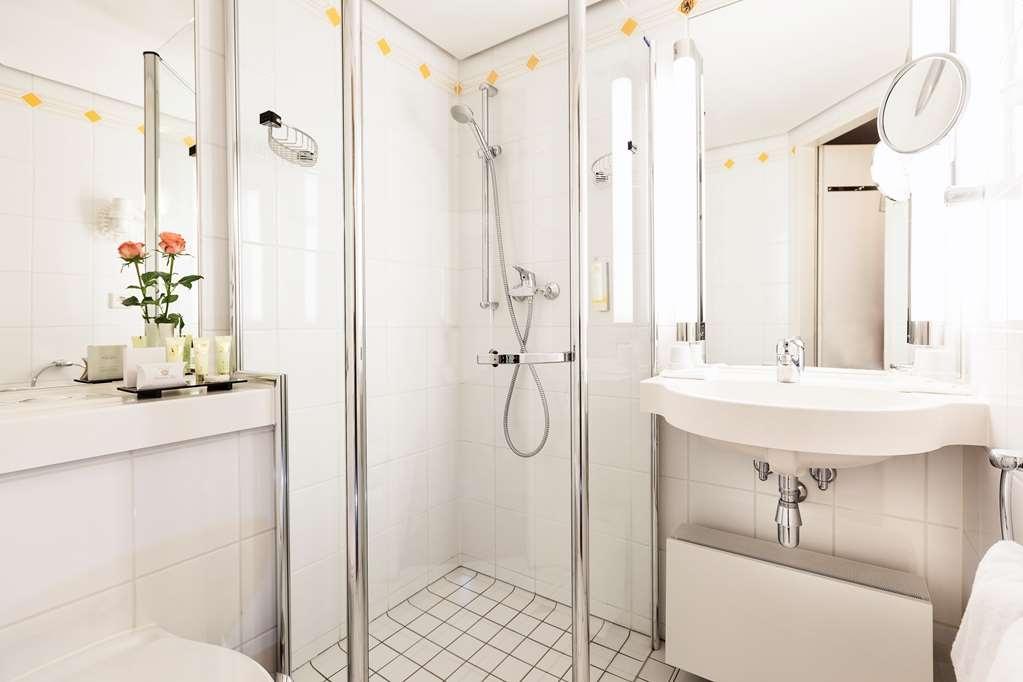 Best Western Premier Grand Hotel Russischer Hof - Habitaciones/Alojamientos