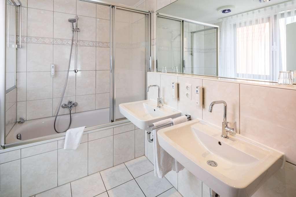 Best Western Hotel Heide - Bathroom