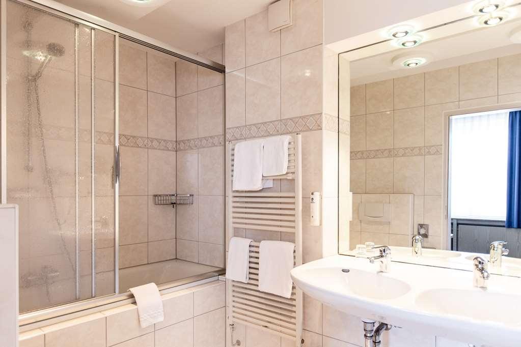 Best Western Hotel Heide - Guest Room bath