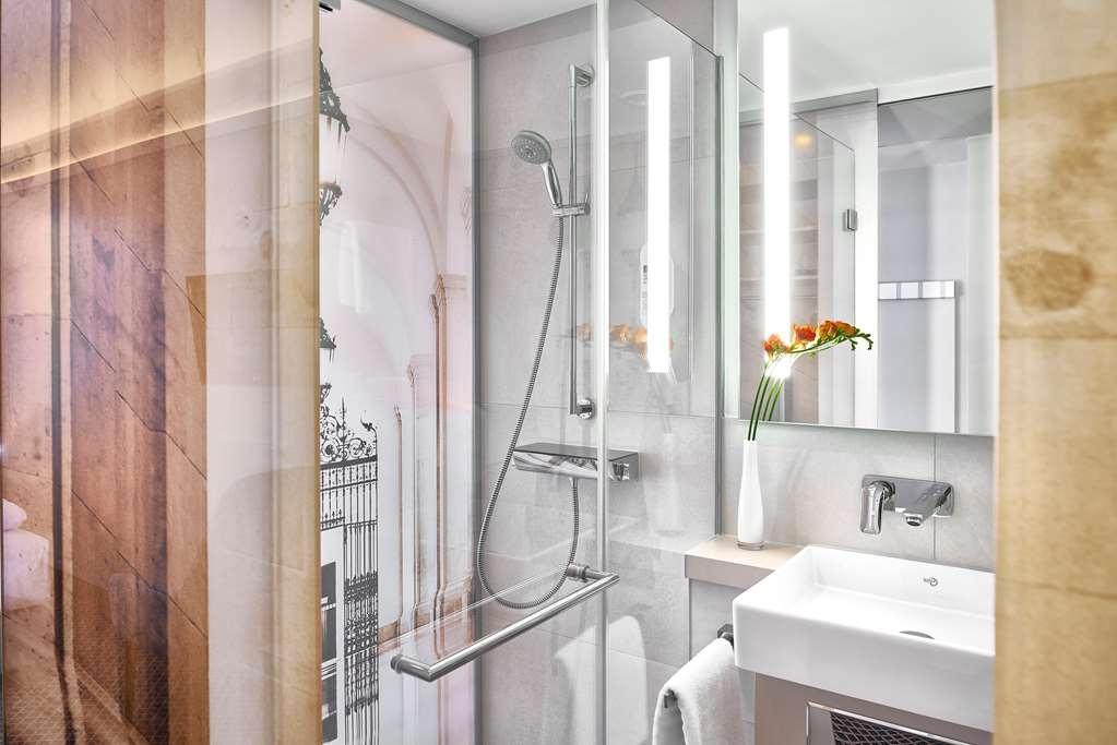 Best Western Hotel Leipzig City Center - guest room bath