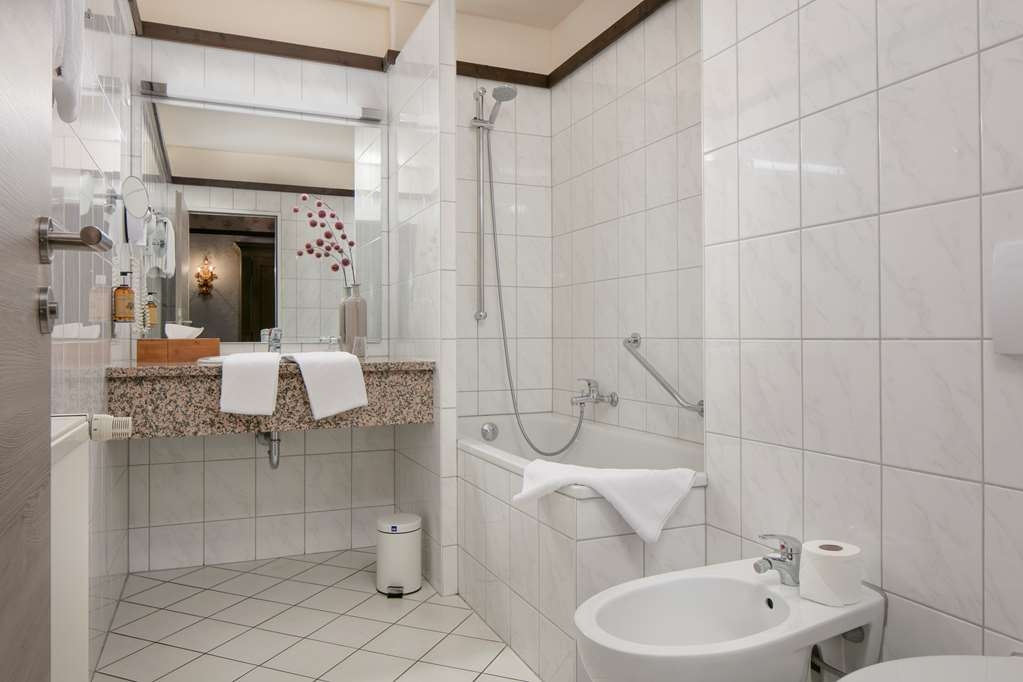 Best Western Hotel Mainz - guest room bath