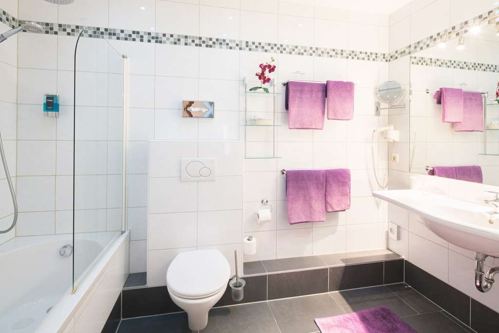 Best Western City Hotel Pirmasens - guest room bath
