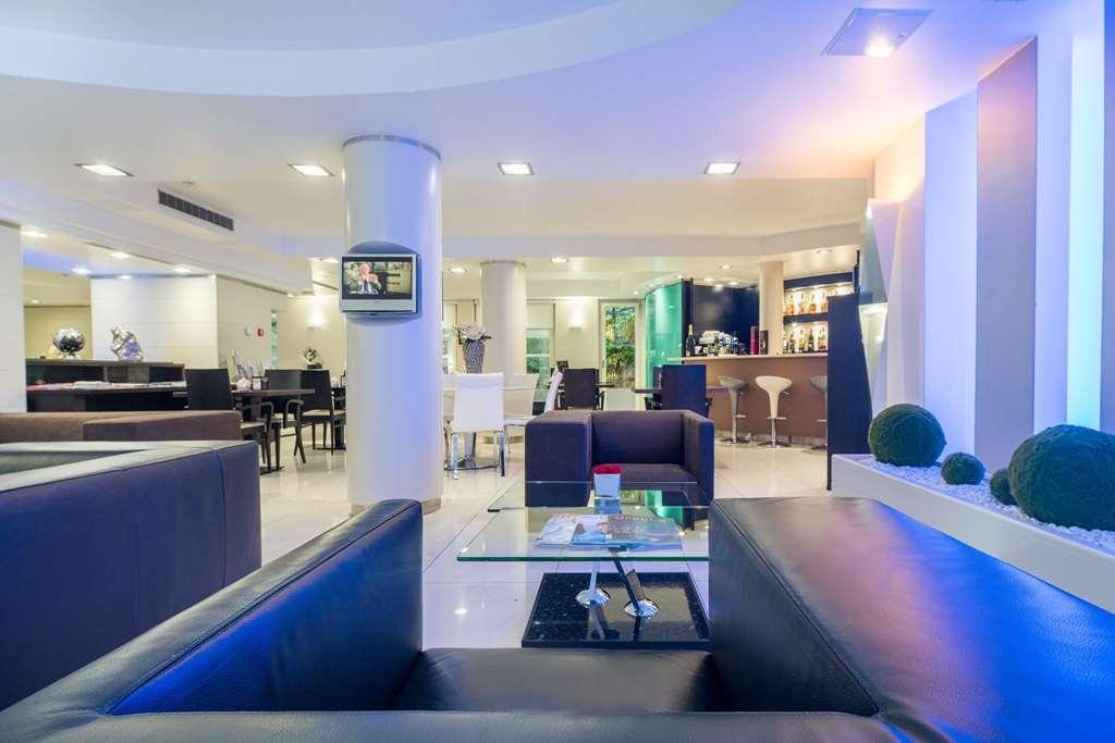 Best Western Plus Grand Hotel Victor Hugo - Bar/Salón