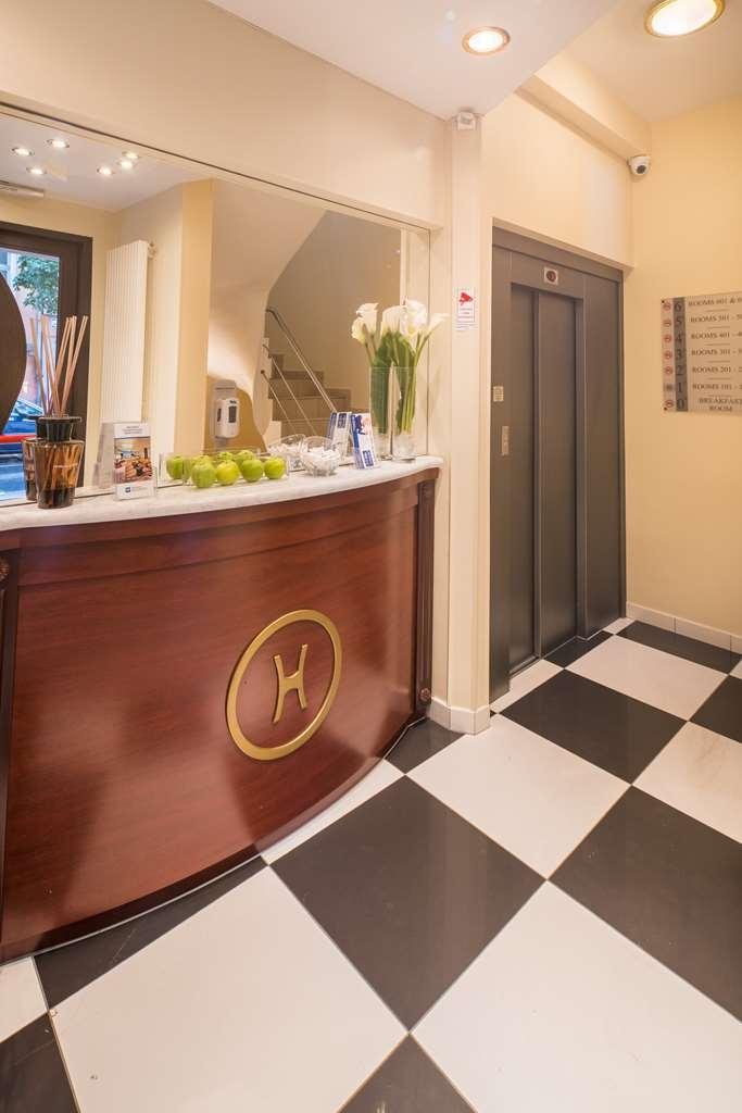 Best Western Plus Grand Hotel Victor Hugo - Vista del vestíbulo