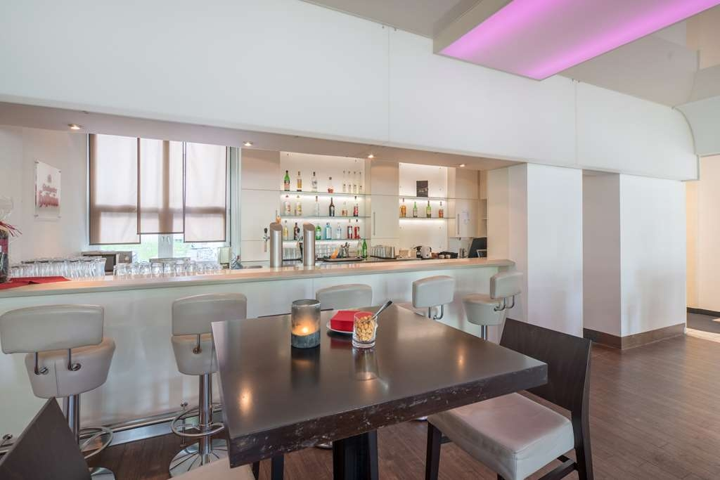 Best Western Plus Hotel Fellbach-Stuttgart - bar