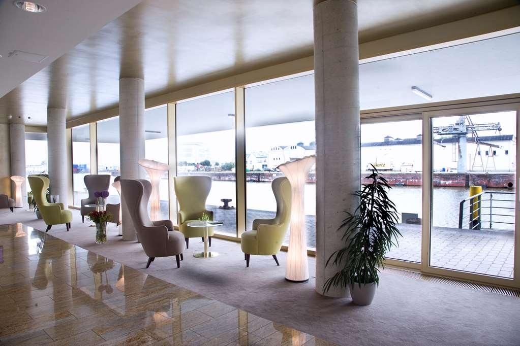 Best Western Plus Hotel Bremerhaven - Vista del vestíbulo