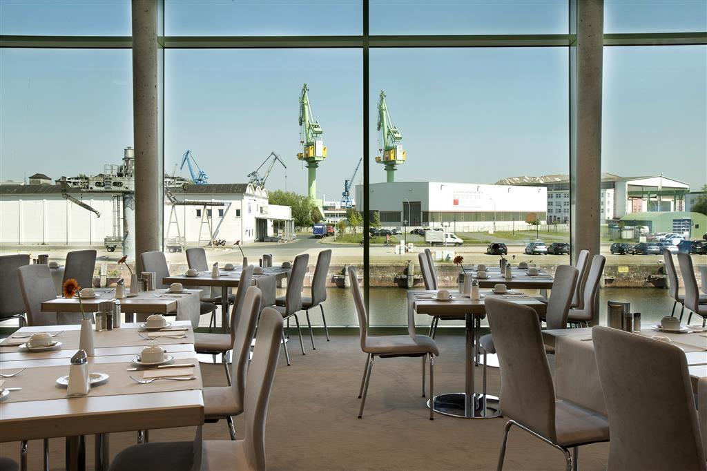 Best Western Plus Hotel Bremerhaven - Coin salle à manger