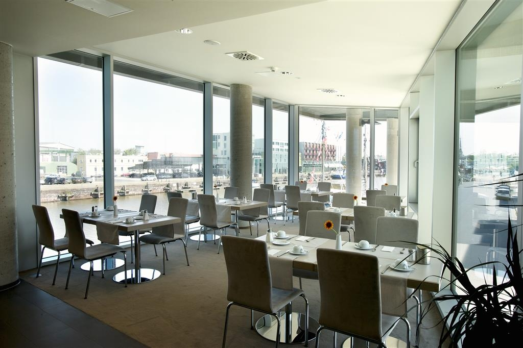 Best Western Plus Hotel Bremerhaven - Dining Area