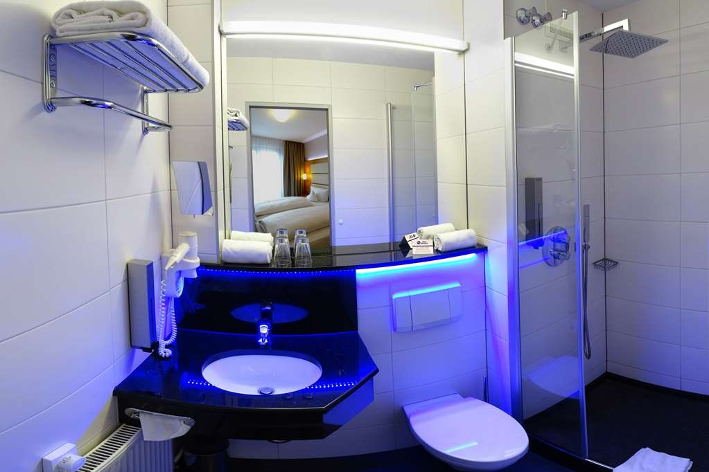 Best Western Hotel Braunschweig - Guest room bath