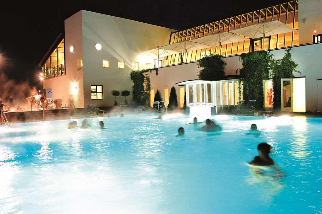 Best Western Aparthotel Birnbachhoehe - Pool
