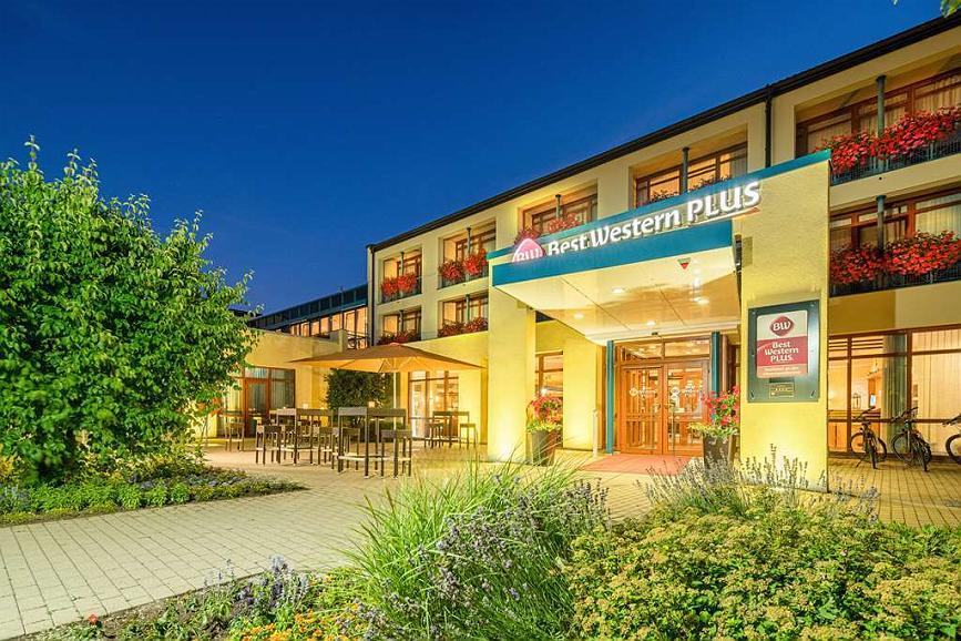 Best Western Plus Kurhotel an der Obermaintherme - Vista exterior