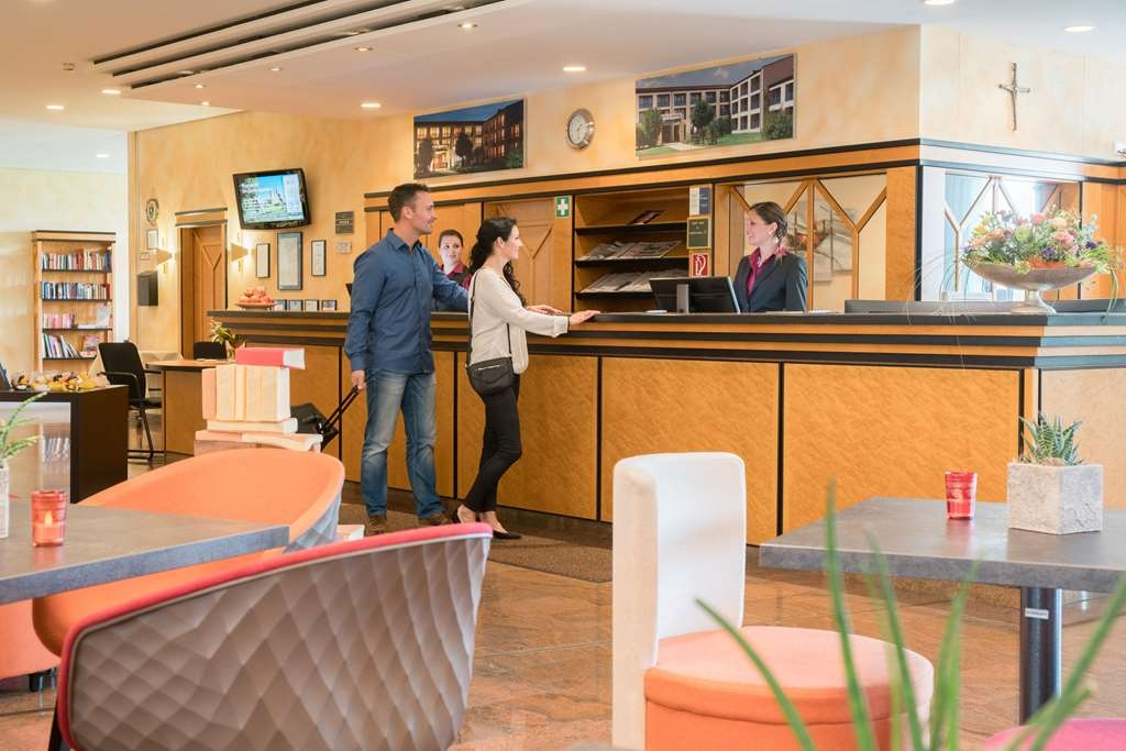 Best Western Plus Kurhotel an der Obermaintherme - Vista del vestíbulo