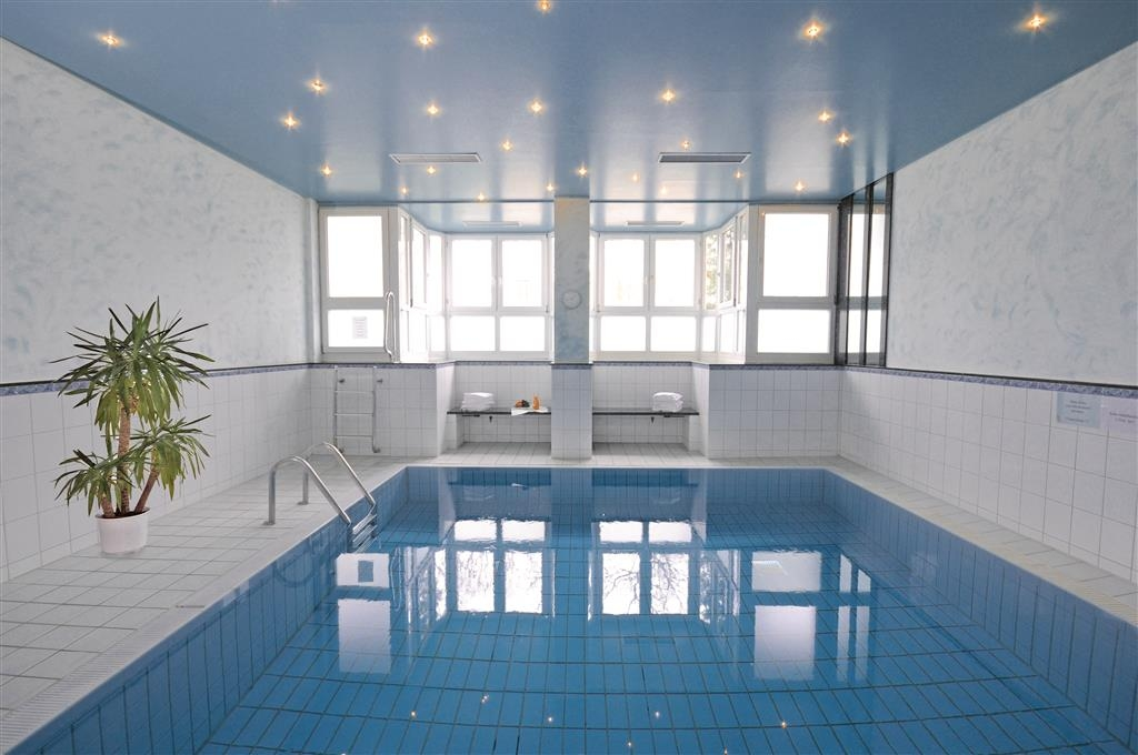 Best Western Hotel Timmendorfer Strand - Swimmingpool