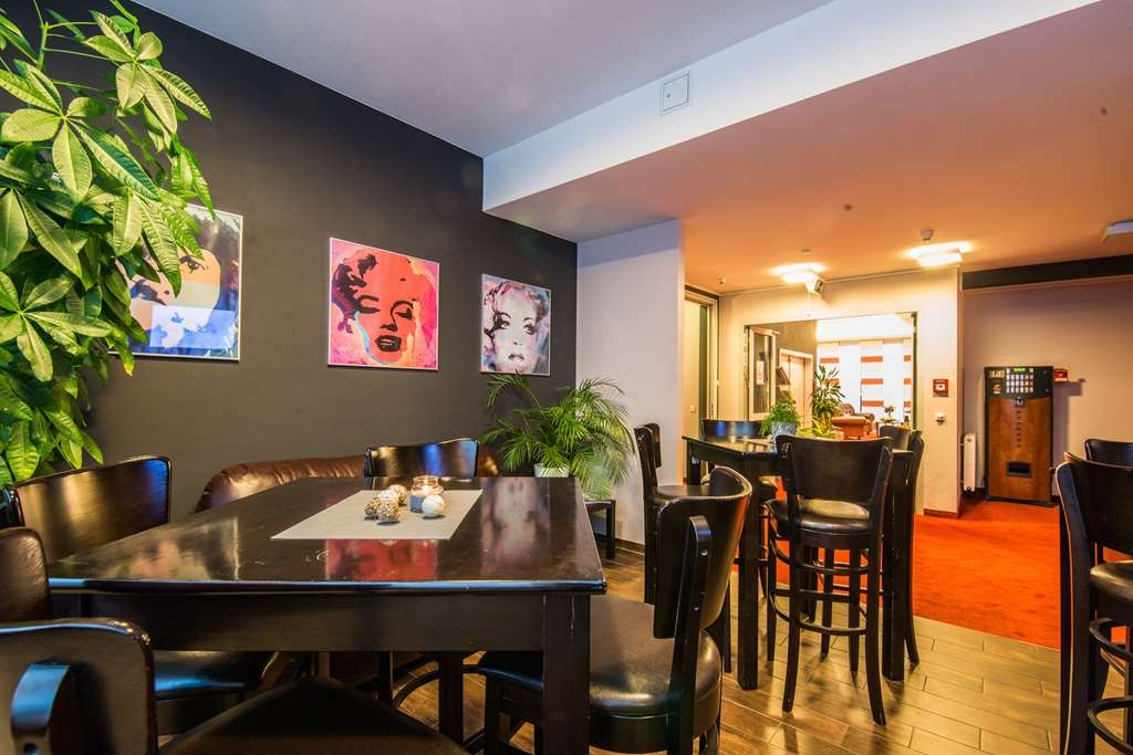 Best Western Amedia Passau - Bar / Lounge