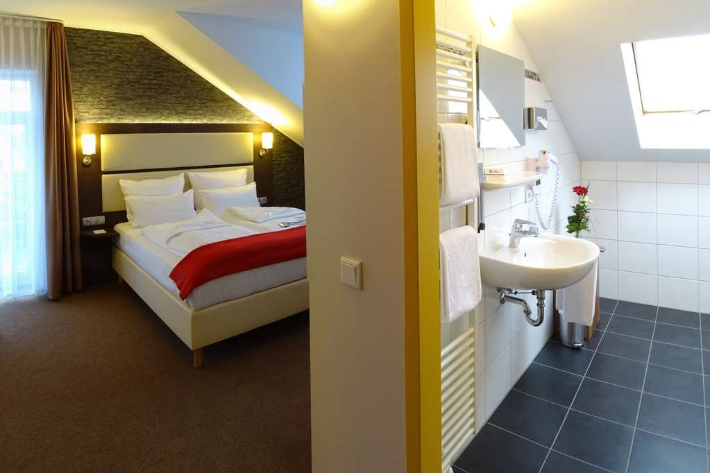 Best Western Amedia Bielefeld / Werther - One Double Bed Guest Room