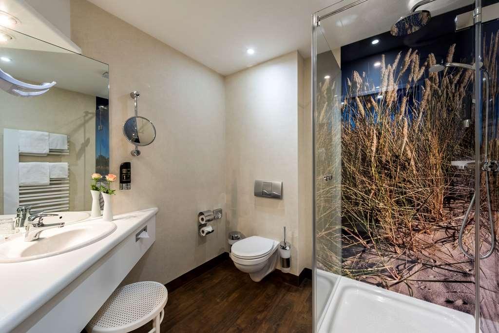 Best Western Plus Ostseehotel Waldschloesschen - Bathroom