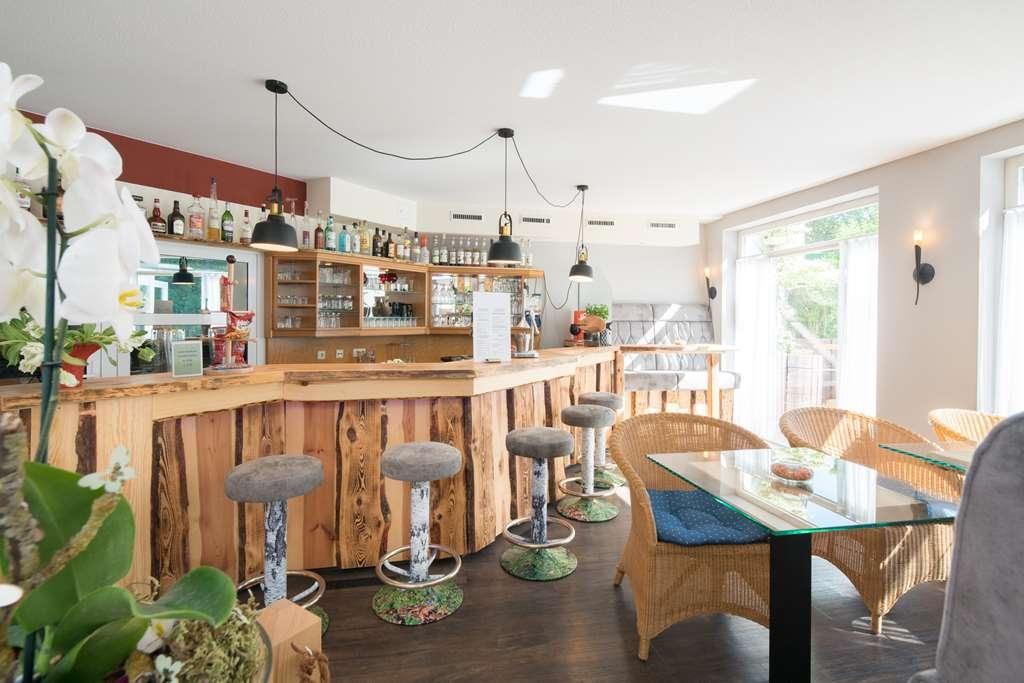Best Western Plus Ostseehotel Waldschloesschen - Bar / Lounge